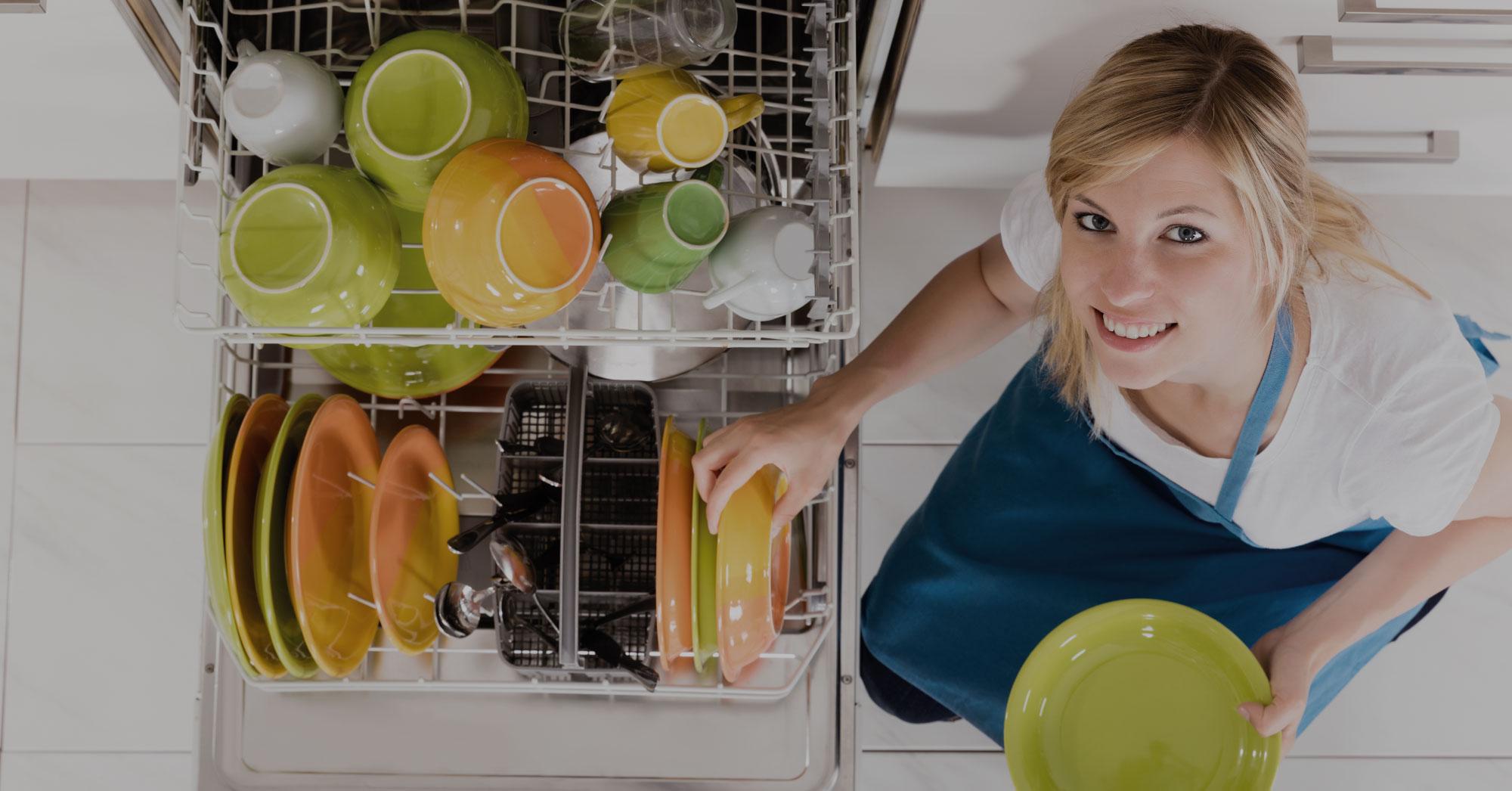 Salz, Gel, Klarspüler: Was braucht die Spülmaschine wirklich?