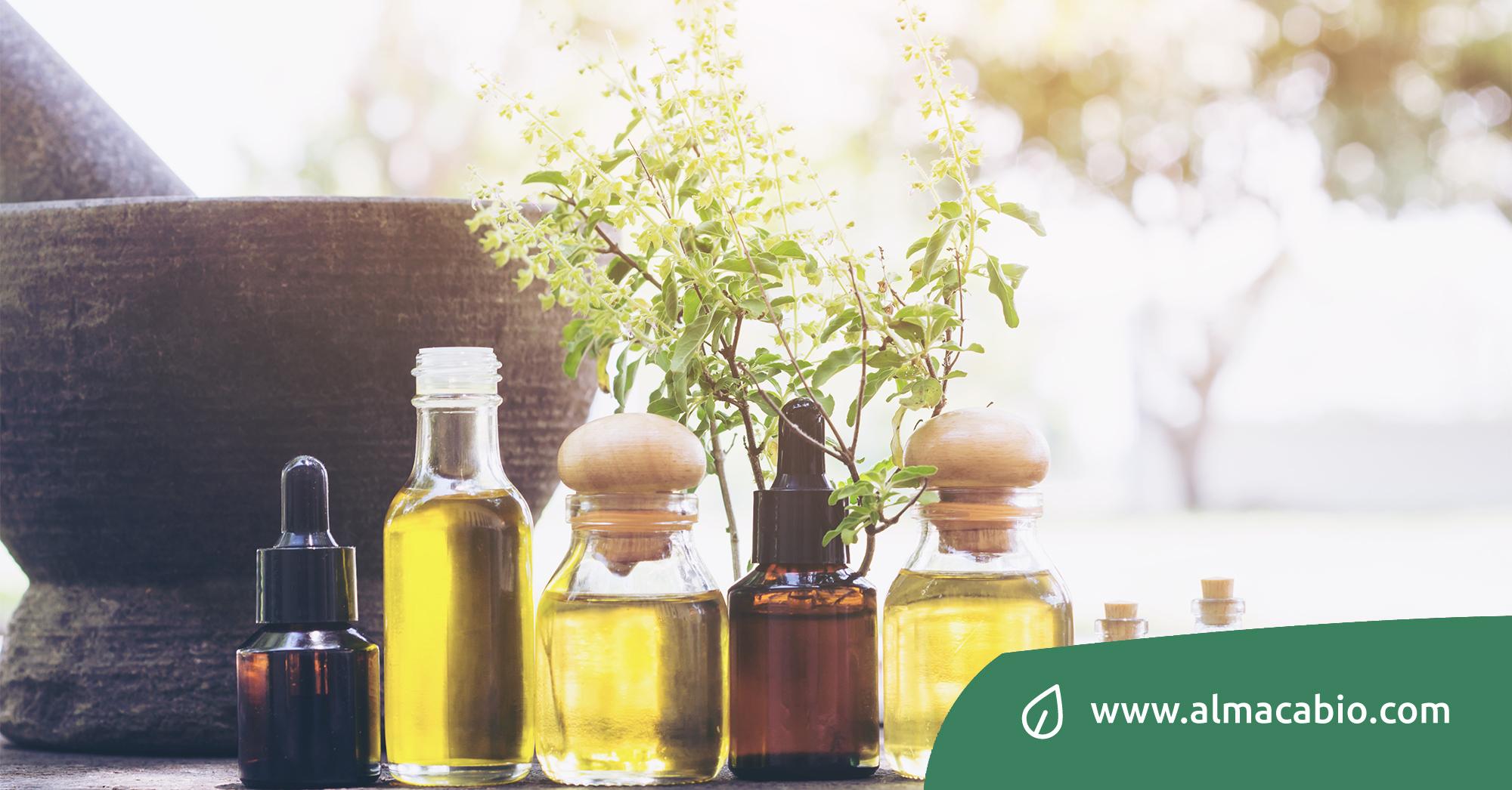 Gli oli essenziali possono essere utilizzati per combattere virus e batteri